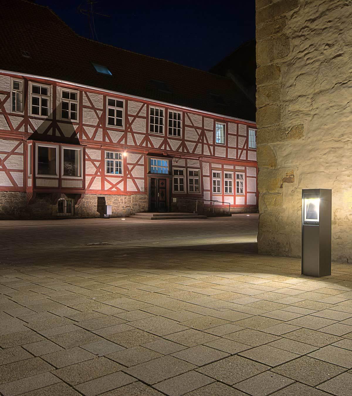 unsere projekte kulturcampus dom ne marienburg hildesheim deutschland linea light group. Black Bedroom Furniture Sets. Home Design Ideas